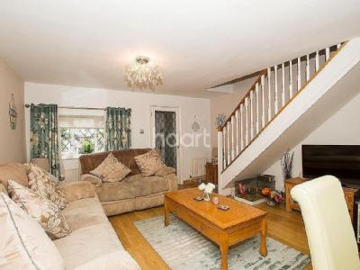 Kingsfield Cottages, Abbots Langley, Wd5