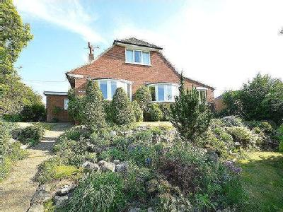 House for sale, Totland Bay