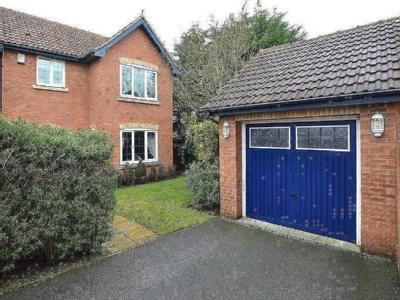 Suffield Close, Gildersome, Leeds