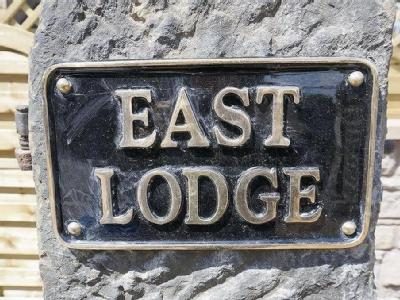 East Lodge, Boythorpe Crescent, Chesterfield, Derbyshire, S40