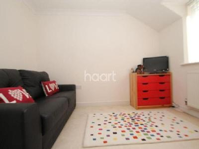 House to rent, Central Square