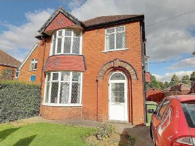 Lloyds Avenue, Scunthorpe - Detached