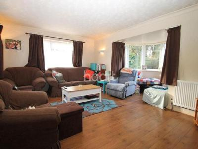 House for sale, Church End - Detached