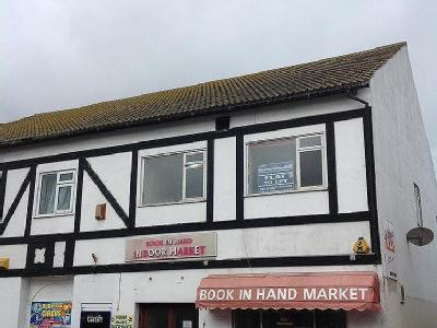 Book In Hand Mews, Mablethorpe