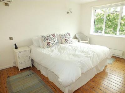 House for sale, St Denys