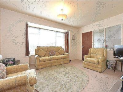 Wendron Close, Bromsgrove, Worcestershire, B60
