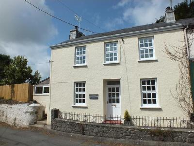 Churchside Cottage, St. Florence, Tenby, Pembrokeshire