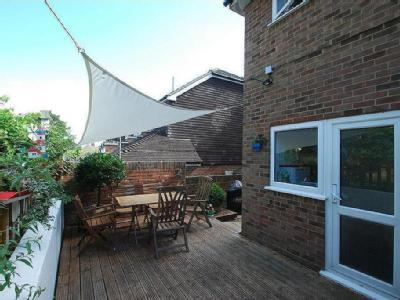 House for sale, Lenham - Reception