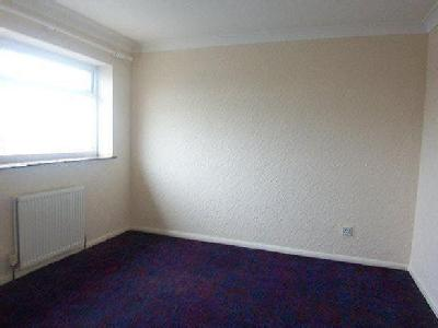 Bedroom House In West Cheshunt