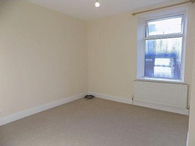 Hawthorn Road, Hillsborough, S6, Newly Carpeted Throughout