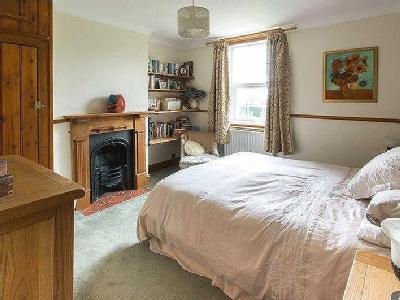 House for sale, Westmarsh - Cottage