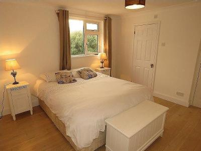 Lower Redannick, Truro - En Suite