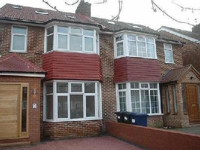 3 bedroom flat to rent - Conversion