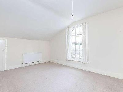 House to let, Lee Park - Victorian