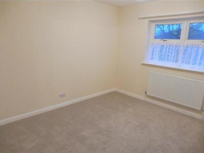 House to rent, St Marys Way - Modern