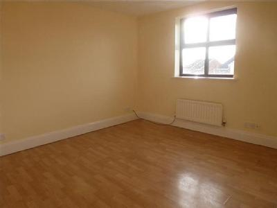 House to rent, Oakham Drive