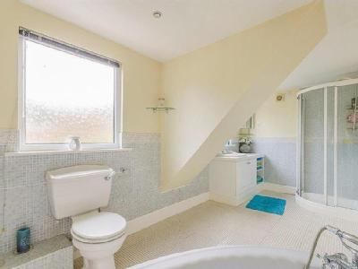 Woolgreaves Croft - Garden, En Suite