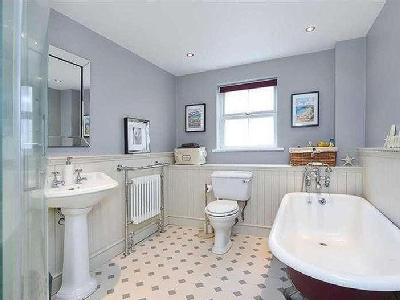 Property for sale, Wharf Road