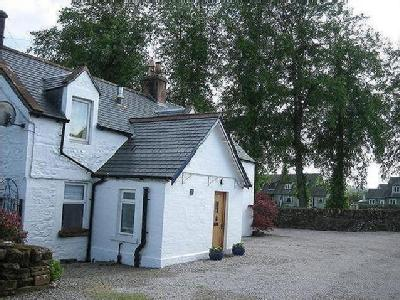 House for sale, Thornhill, Dg3