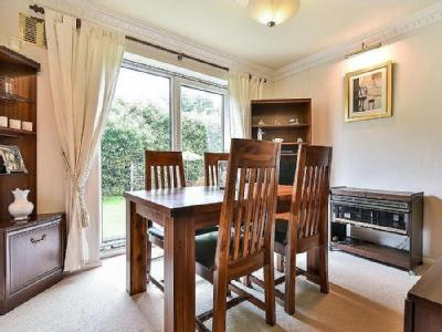 Knoll Rise Orpington Br6 - Detached