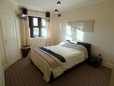 Church Park, Roberttown, Liversedge, West Yorkshire, Wf15