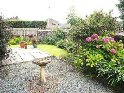 Tregarth Close, Creigiau - Garden