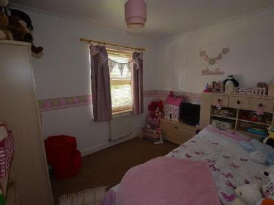 College Close, Goole - En Suite