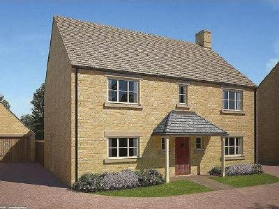 Plot, The Russell, Stephen's Close, Lechlade