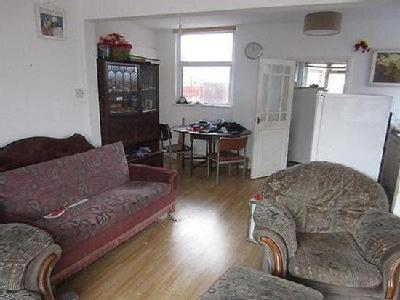 Roseway, Rushey Mead, Leicester, Le4