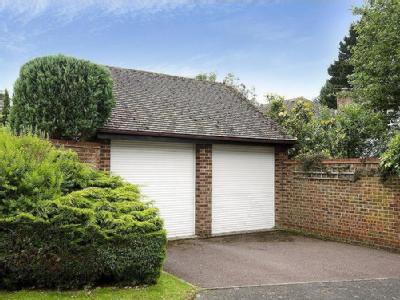Freshwater Road, Friars Cliff, Dorset, Bh23