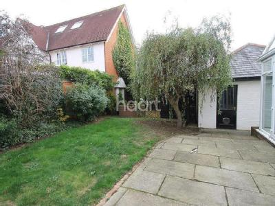 Castlefields, Great Leighs - Detached