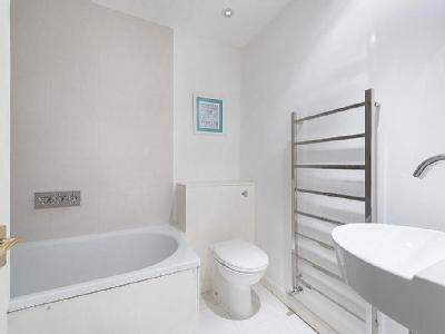 Battersea Church Road, Sw11 - Balcony