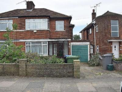 Streatfield Road, Harrow Ha3 - Garden