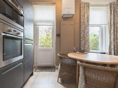 Regent Square, Lenzie G66 - Kitchen