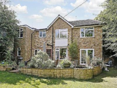 Mayflower Way, Beaconsfield, Buckinghamshire, Hp9