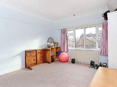 West Park Avenue, Richmond, Surrey, Tw9