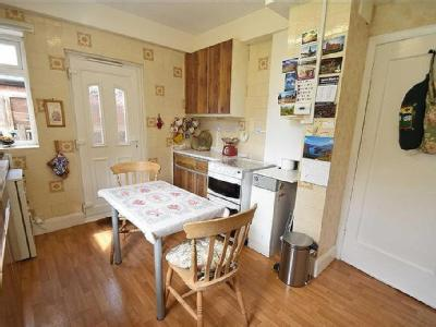 House for sale, Low Fell - Kitchen