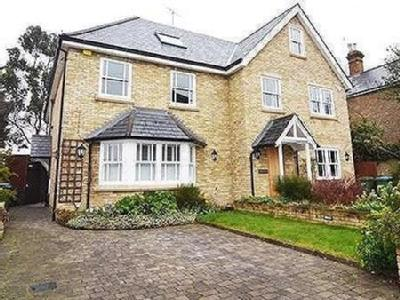5 bedroom house to rent - Reception