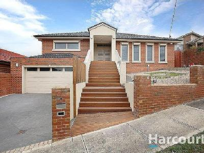 House for sale Epping - High Ceilings