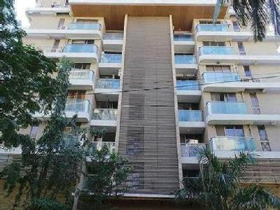 Flat for sale, Juhu, Mumbai - Lift