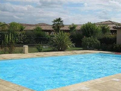 Gratentour appartement en location for Piscine fenouillet