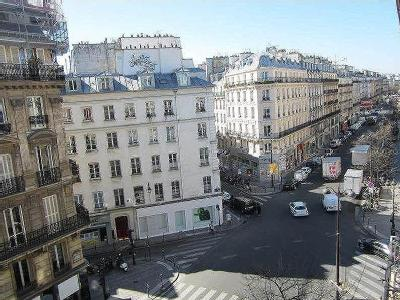 Location immobilier dans rue de turbigo paris for Location immobilier atypique paris