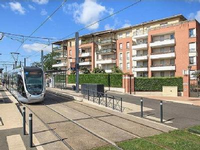 Appartement en vente dans rue du tchad toulouse for Garage peugeot saint cyprien toulouse