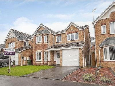 Arches Road, Mansfield, Ng18 - Garden