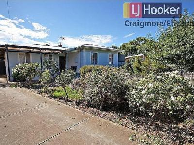 Barton Road, Elizabeth Downs - Garden