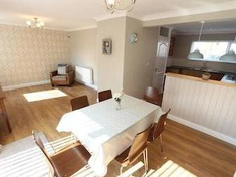 Red Lomes, Bootle L30 - Garden, Patio