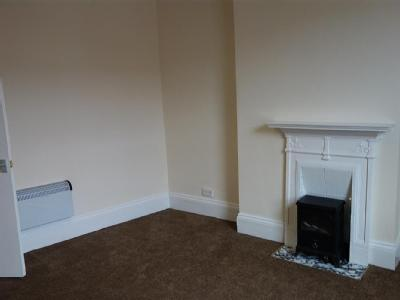 Carter Avenue, Leeds, Ls15 - En Suite