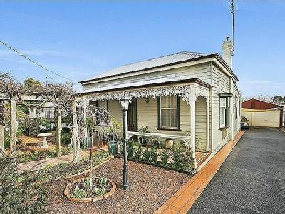 House to buy Eaglehawk - Garden