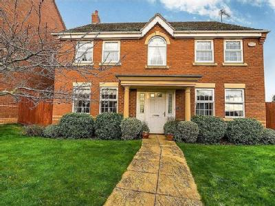 Chariot Road, Wootton, Nn4 - Detached