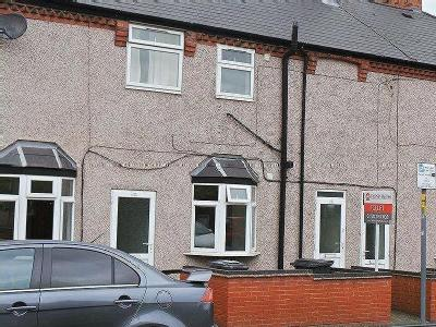 Claremont Road, Rugby, Cv21 - Listed